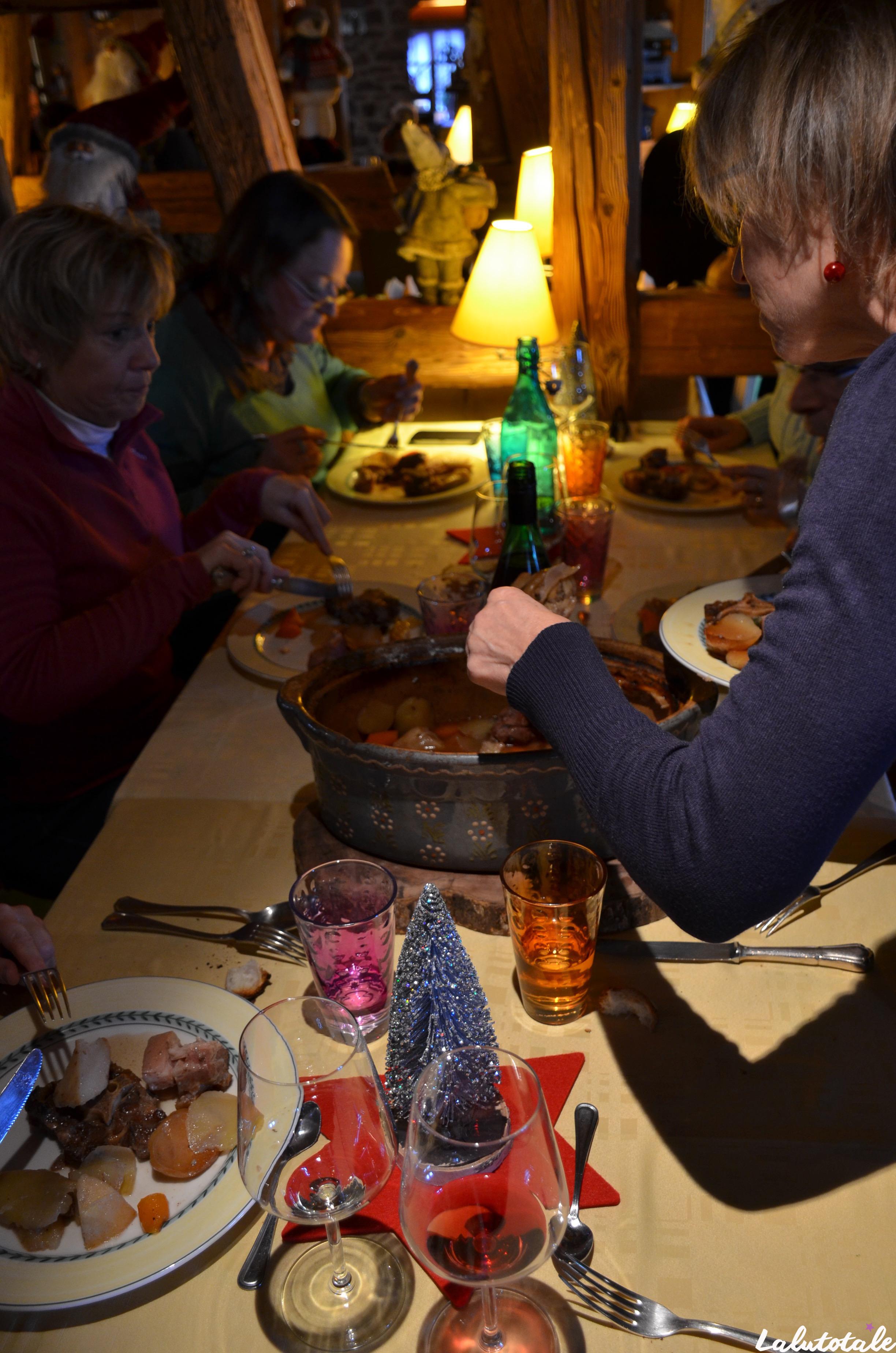 ( L'Alsace en décembre – Jour 2 ) Ribeauvillé, dégustation de pinard, bäckaofa et Confrérie de la Choucroute