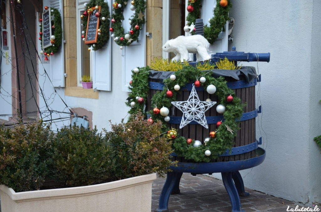 Alsace Noël fêtes tourisme Eguisheim Kaysersberg villages marchés