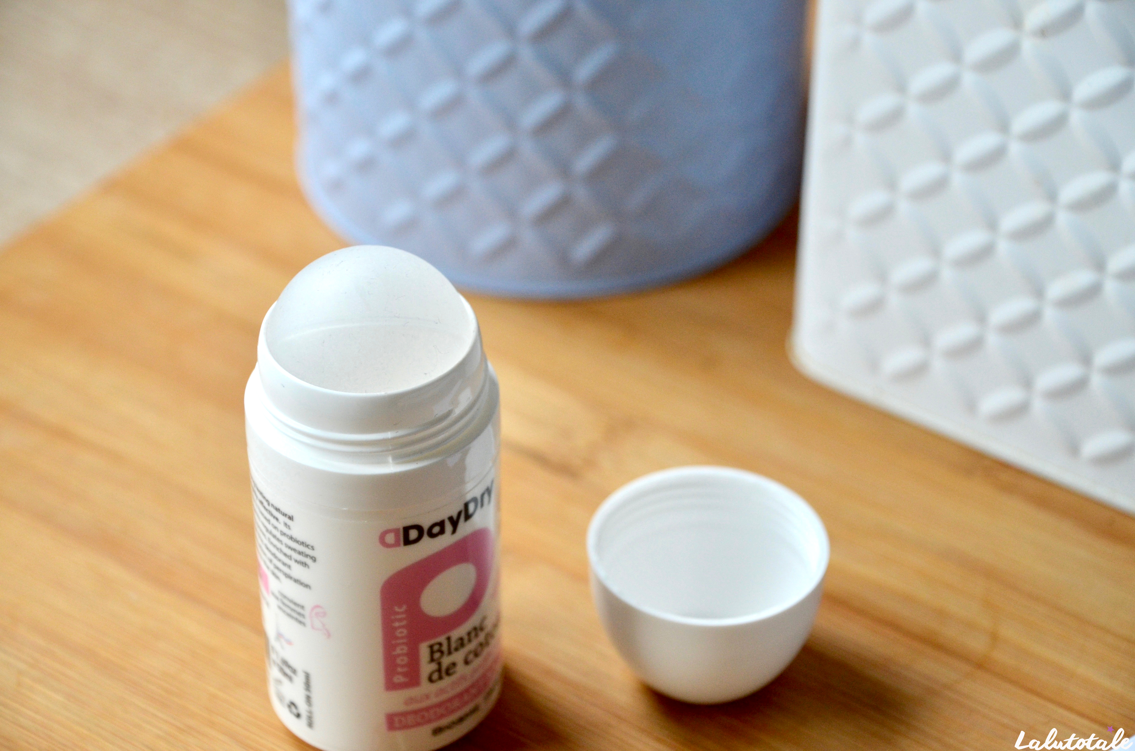 ( DAYDRY ) Un déo aux probiotiques qui touche sa bille ? Un miracle !