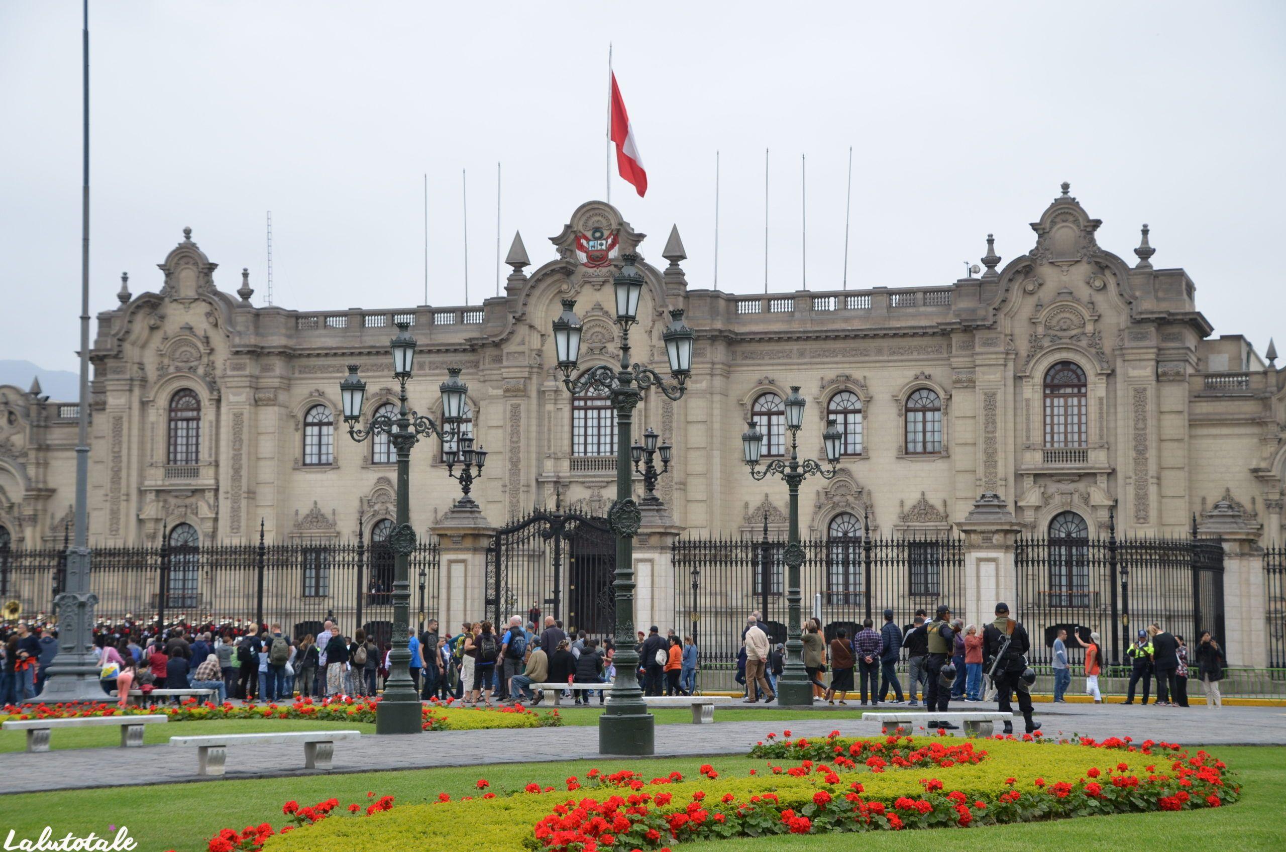 (PÉROU – La Fin ) Visite-éclair de Lima , retour à Paris ✈️ ou comment j'ai cru mourir mille fois.
